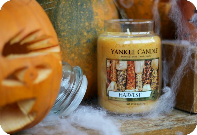 Autumn scented candle
