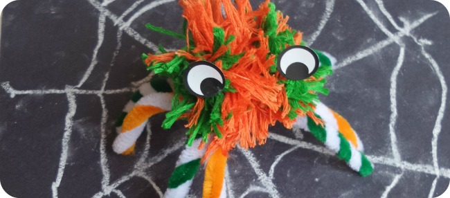 Pompom craft - spooky spiders